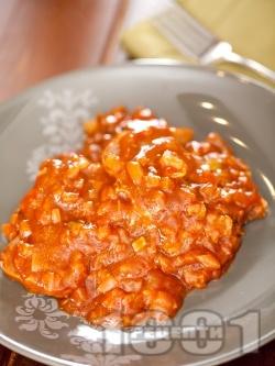 Телешки език в доматен сос - снимка на рецептата